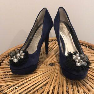 BCBG Generation Royal Blue suede Heels sz 6.5